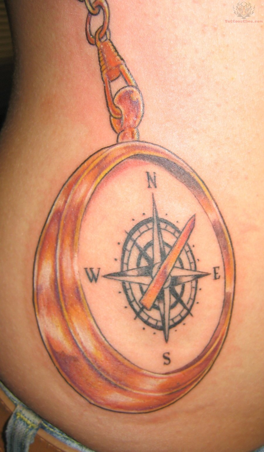 compass-locket-tattoo