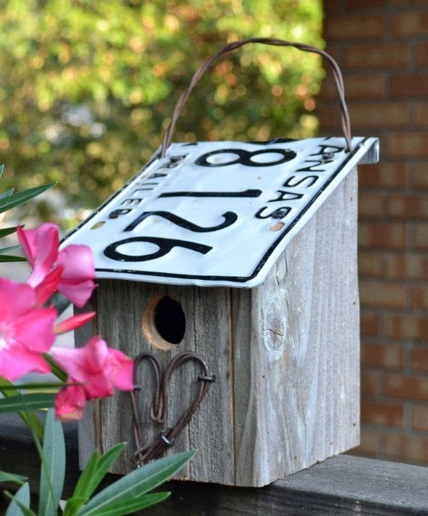 Beautiful Birdhouse Design and Ideas 17