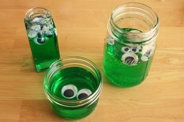 Easy Alien Craft Ideas for Kids13